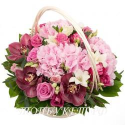Цветы в корзине - доставка в СПБ #0004